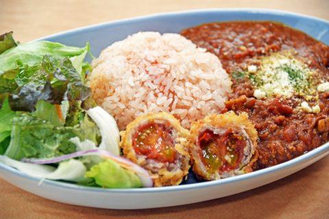 優勝レシピ再現北本トマトカレーの提供がはじまりました